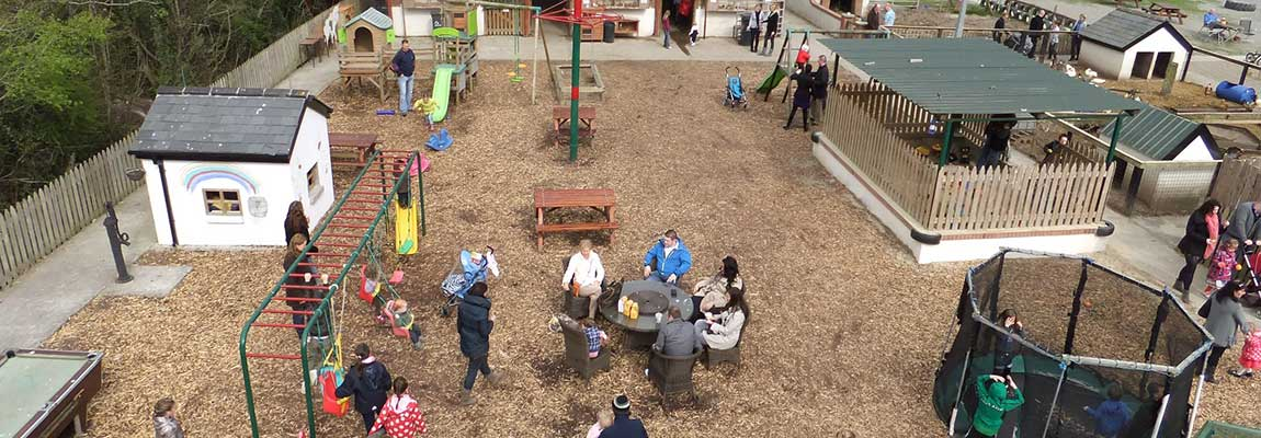 outdoor-play-area-at-rancho-reillys